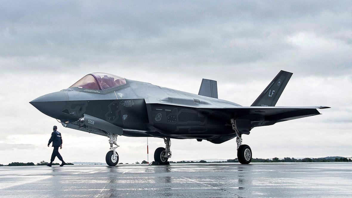 لایحه سناتورهای آمریکایی برای ممنوعیت انتقال هواپیمای اف-35 به ترکیه