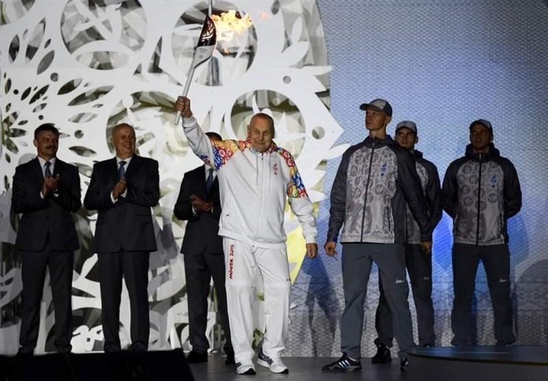 مشعل بازی های اروپایی توسط رئیس کنفدراسیون اروپایی ورزش های زورخانه ای روشن شد
