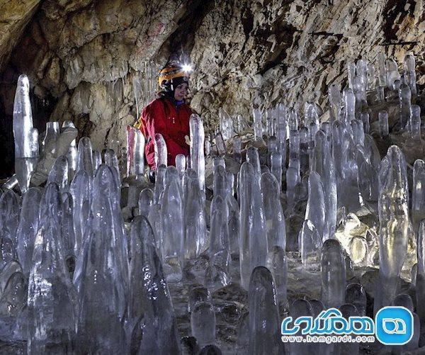 در غار یخ مراد به ضیافت قندیل ها بروید